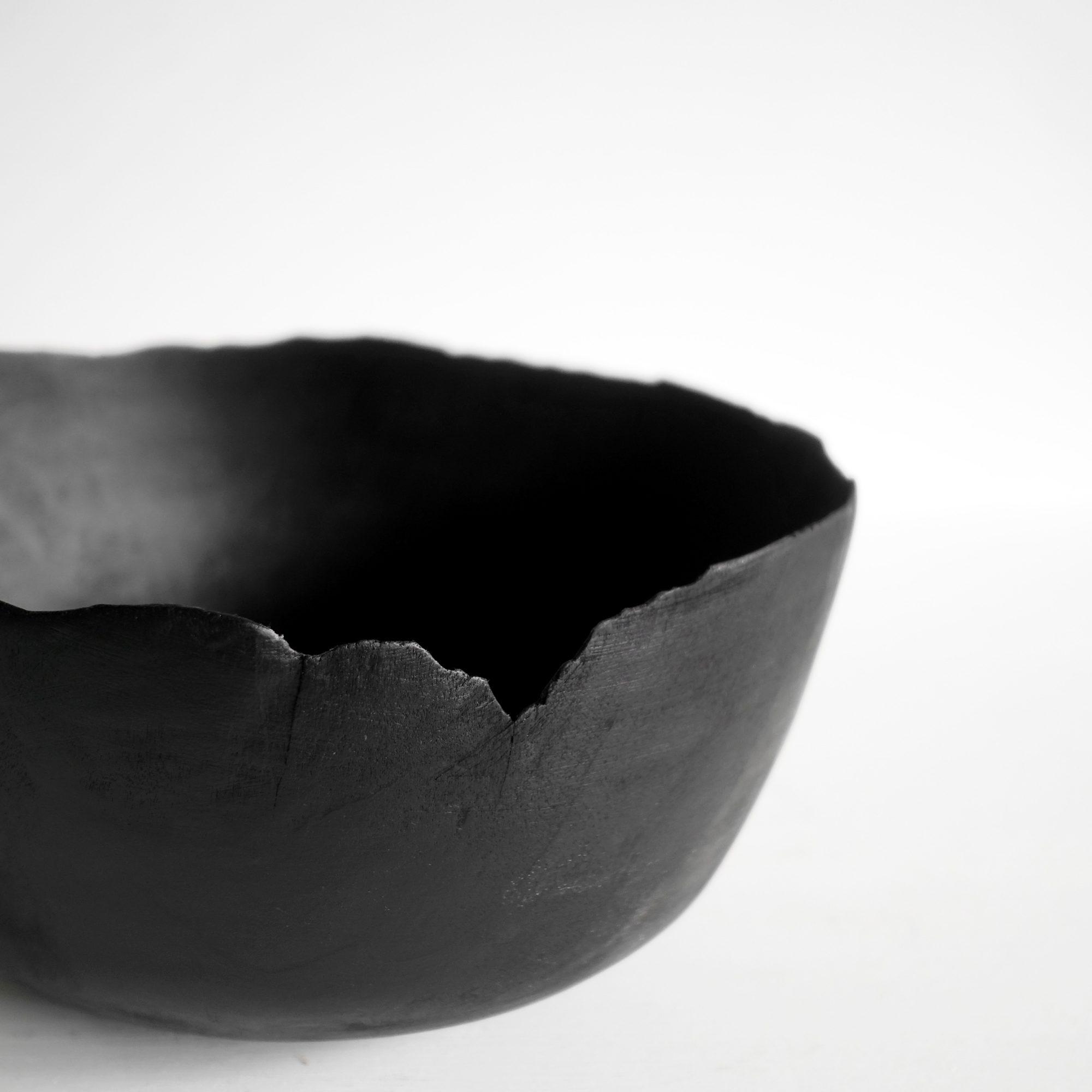 Thin black bowl 4