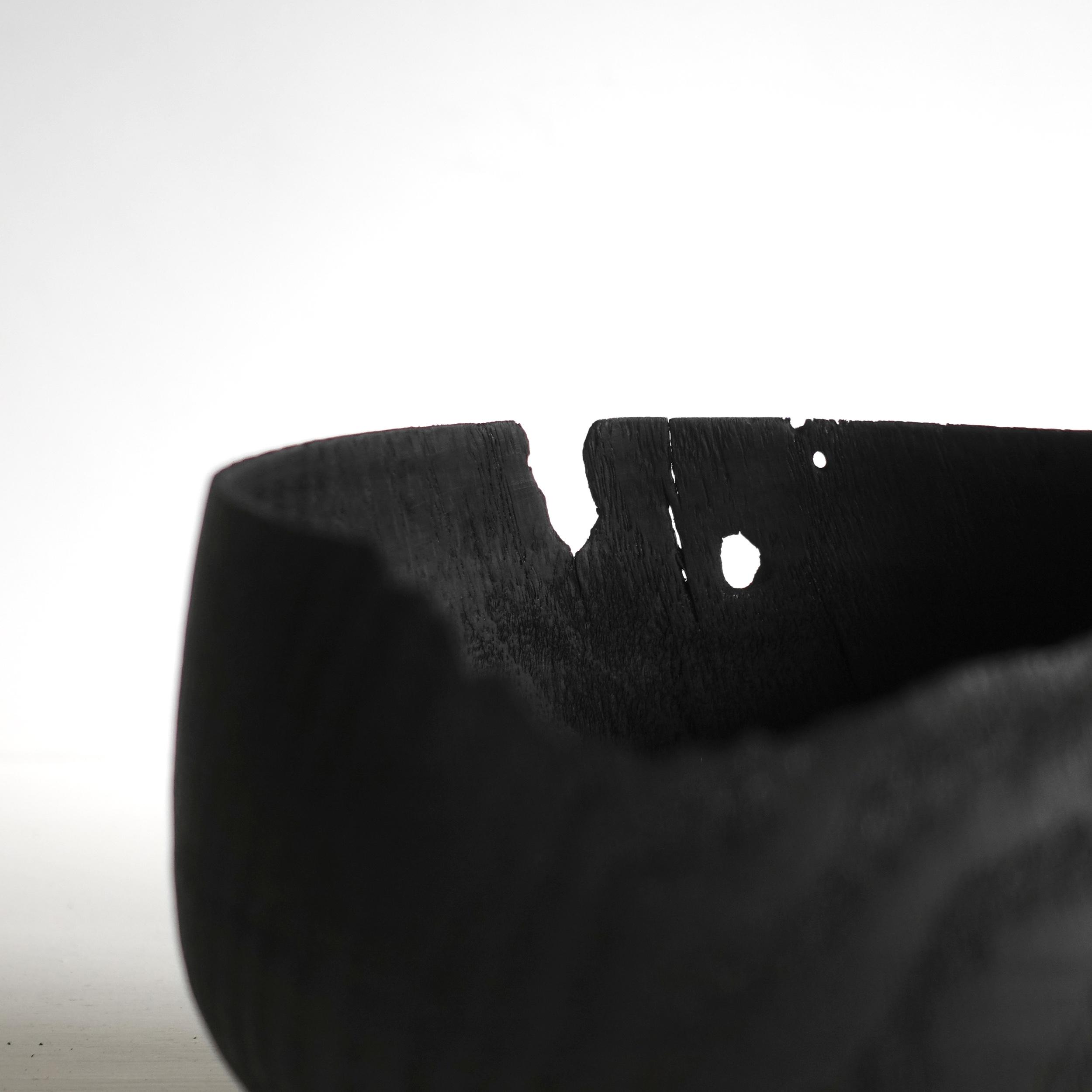 Burned Oak Bowl / Bol en chêne brûlé