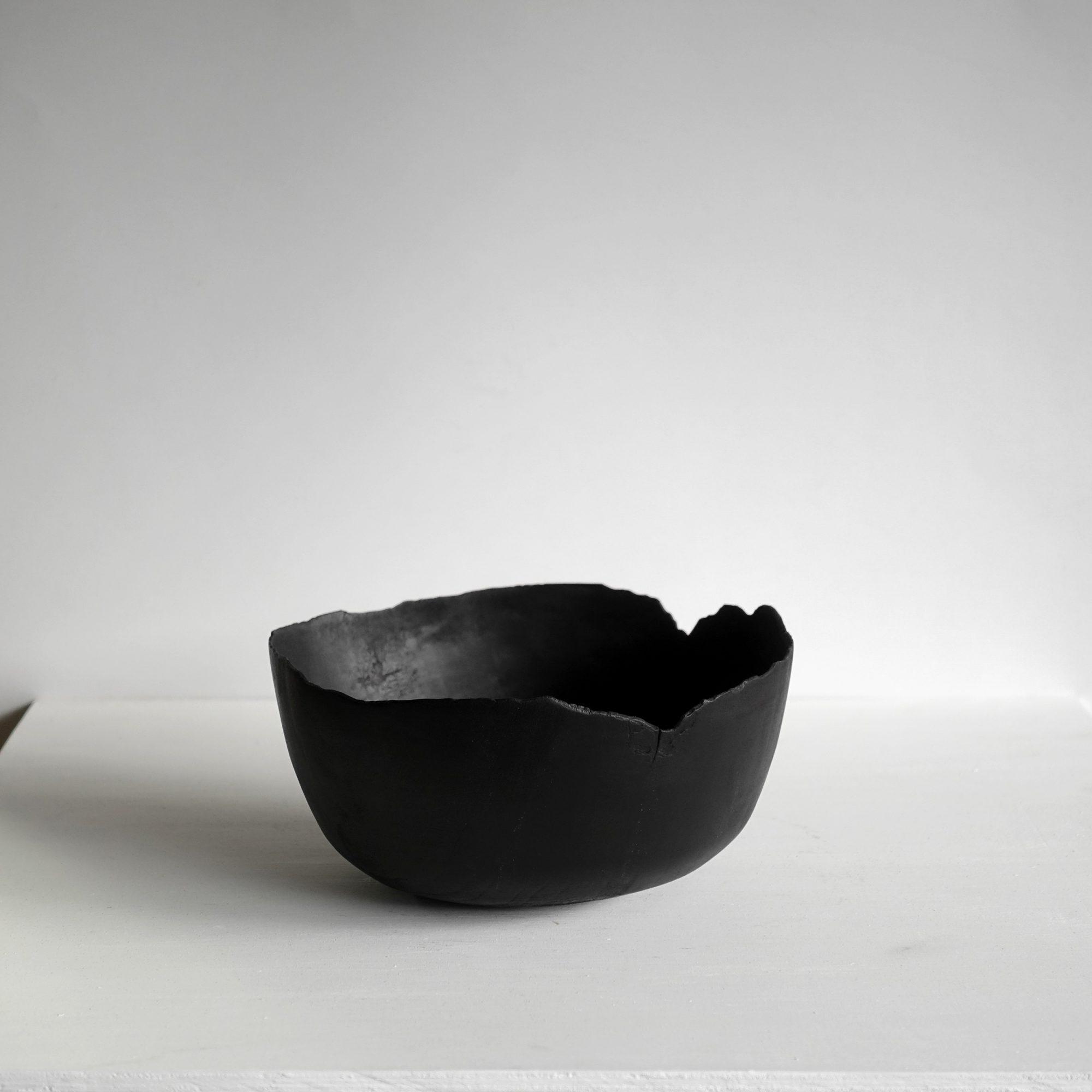 Thin black bowl 2